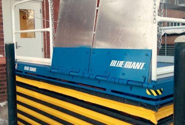 Quai Blue Giant